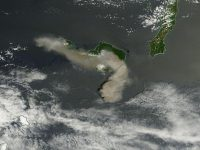 Dahsyatnya Letusan Gunung Api Shindake (29 Mei 2015)